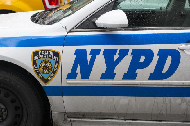 Video shows NYPD officers pulling toddler from mother's arms