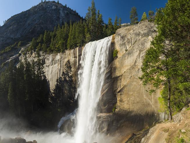 Woman dies after losing footing at Eagle Falls near Lake Tahoe