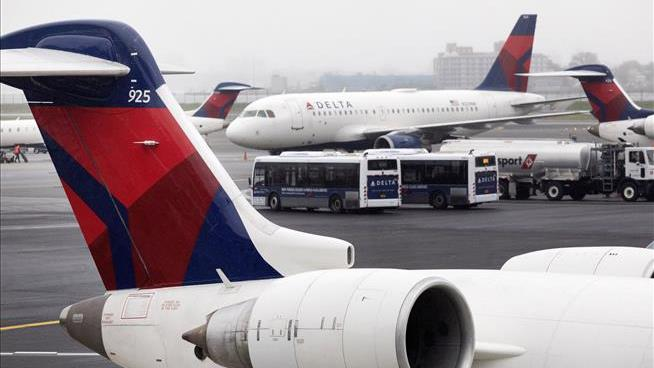 Delta Air Lines thanks employees with bonus worth two months' pay