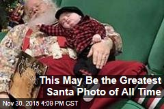 This May Be the Greatest Santa Photo of All Time