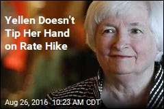Yellen Doesn't Tip Her Hand on Rate Hike