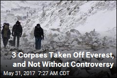 3 Corpses Taken Off Everest, and Not Without Controversy