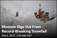 Moscow Kids Given First Snow Day in Memory