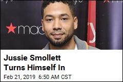 Jussie Smollett Turns Himself In