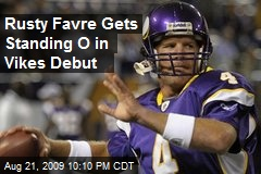 Rusty Favre Gets Standing O in Vikes Debut