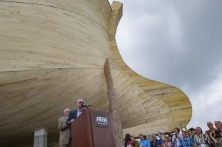 Church Hopes to Crush Science With Giant Noah's Ark