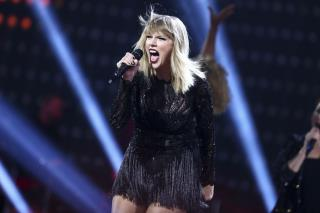Taylor Swift to Testify Against DJ in Groping Case
