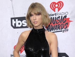 Taylor Swift Reveals What She's Up To