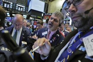 Small Company Stocks Lead Indexes Higher