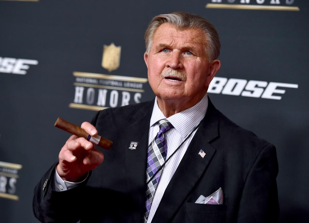 Mike Ditka Says Protesting Athletes Should 'Go to Another ...