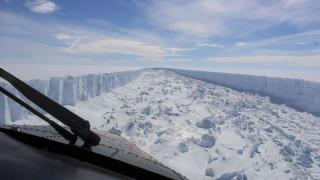 Iceberg Exposes Marine Ecosystem After 120K Years