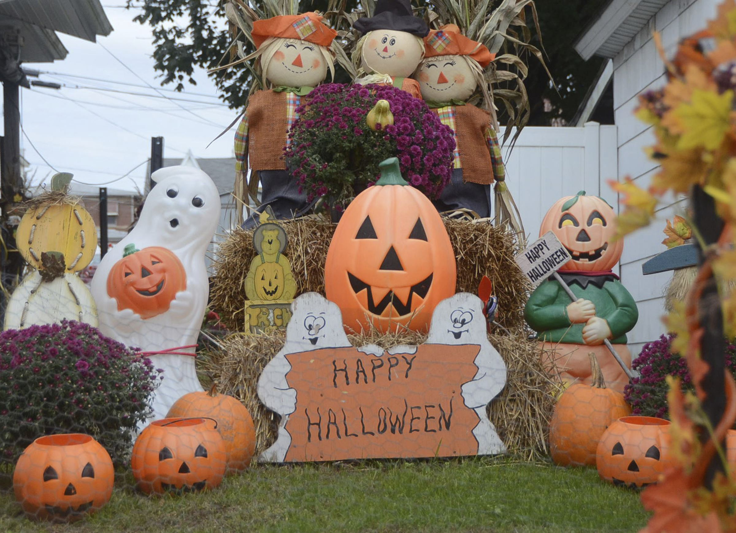 Thousands Want To Change Halloween S Date Newser Mobile