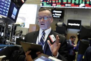 Stocks Extend Gains Into 4th Week