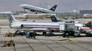 Passenger Jumps to Tarmac, Fleeing Police, After Jet Lands