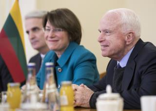 Klobuchar: McCain Did an Odd Thing at Trump's Inauguration