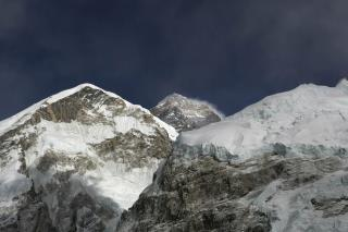 Bad News in Search for 8 Missing Climbers
