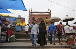 India Passes Law to End 'Instant Divorce' for Muslims