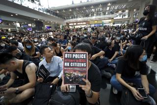 At Hong Kong Airport, a 2nd Day of Chaos