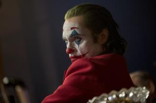 Joaquin Phoenix Surprises Fans at Joker Screenings