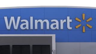 Police Shoot, Kill Man With Hammer Outside Walmart