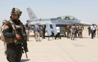 8 Rockets Hit Iraqi Air Base