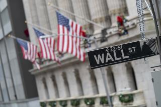 Traders Return to Wall Street, With a Catch