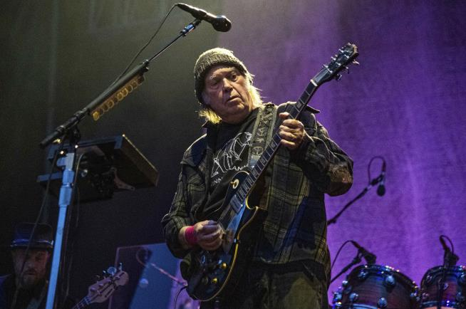 Neil Young Calls for Empathy on Rioters