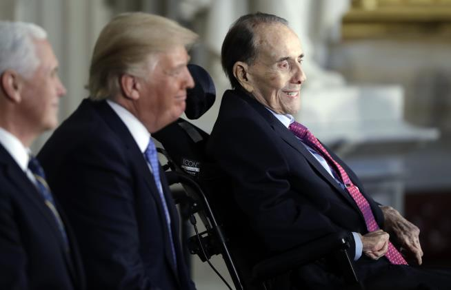 Bob Dole Has Advanced Lung Cancer