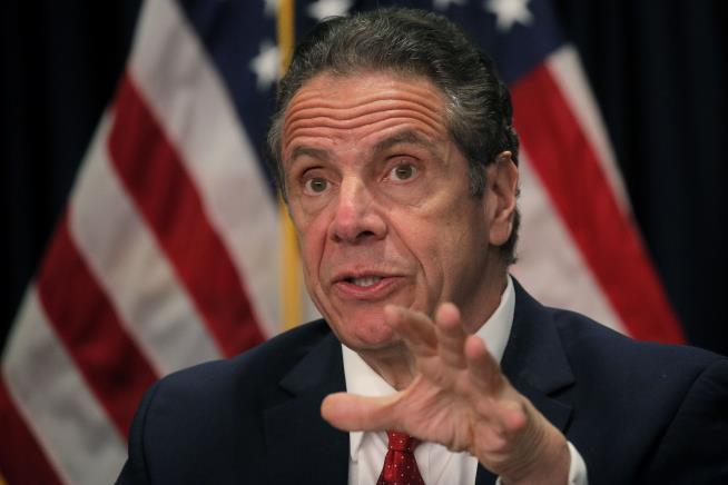 Cuomo Gave Special Access to Tests to Family, VIPs: Reports