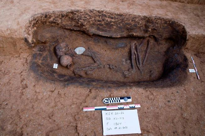 Egypt Archeologists Find 110 Ancient Tombs