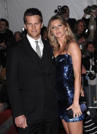 Tom Brady Confirms Son's Birth | Newser Mobile