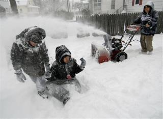 Storm Gives Northeast First Blast of Winter