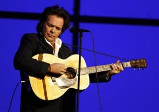 Mellencamp: Internet Is Like an A-Bomb