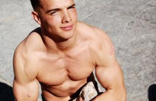 For Teen Boys Muscles May Mean Longer Life