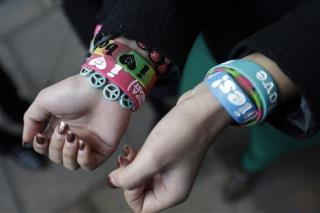 'Boobies' Bracelets Aren't Lewd: Court