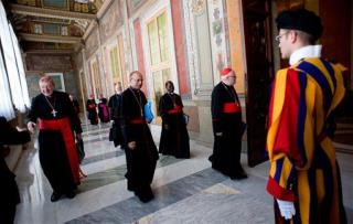 Francis Kicks Off Vatican Reform, Disses 'Narcissists'