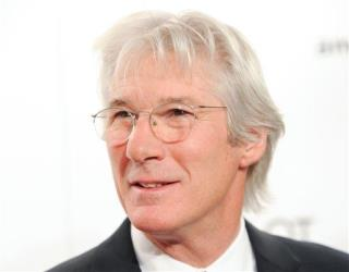 Tourist Gives 'Homeless' Richard Gere Some Pizza