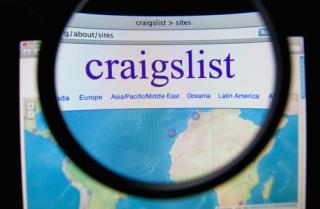Kansas City Parents Shot Looking At Craigslist Car