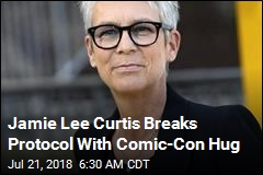 Jamie Lee Curtis Leaves the Stage to Give Significant Hug