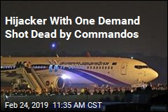 Commandos Storm Plane, Shoot Hijacker