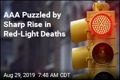 AAA Puzzled by Sharp Rise in Red-Light Deaths
