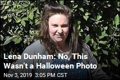 Lena Dunham Explains the Bottom of This Photo