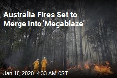 Australians Flee Homes as Fire Danger Rises Again