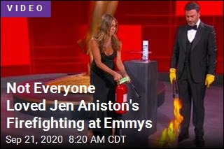 2020 Is a Dumpster Fire, and Jen Aniston Just Put It Out