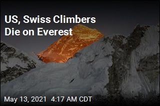 2 Climbers Die on Everest
